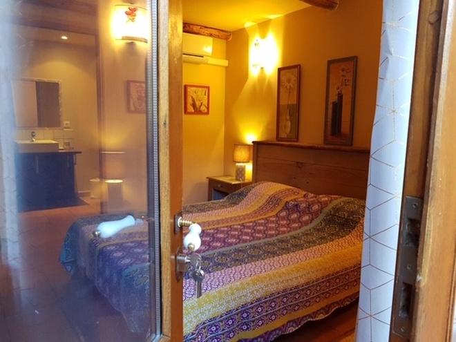 Pour Ceux Qui Veulent Profiter Du0027un Bon Moment Du0027épanouissement, Venez à  Nos Chambres Du0027hôtes Avec Jacuzzi à Porto Vecchio.